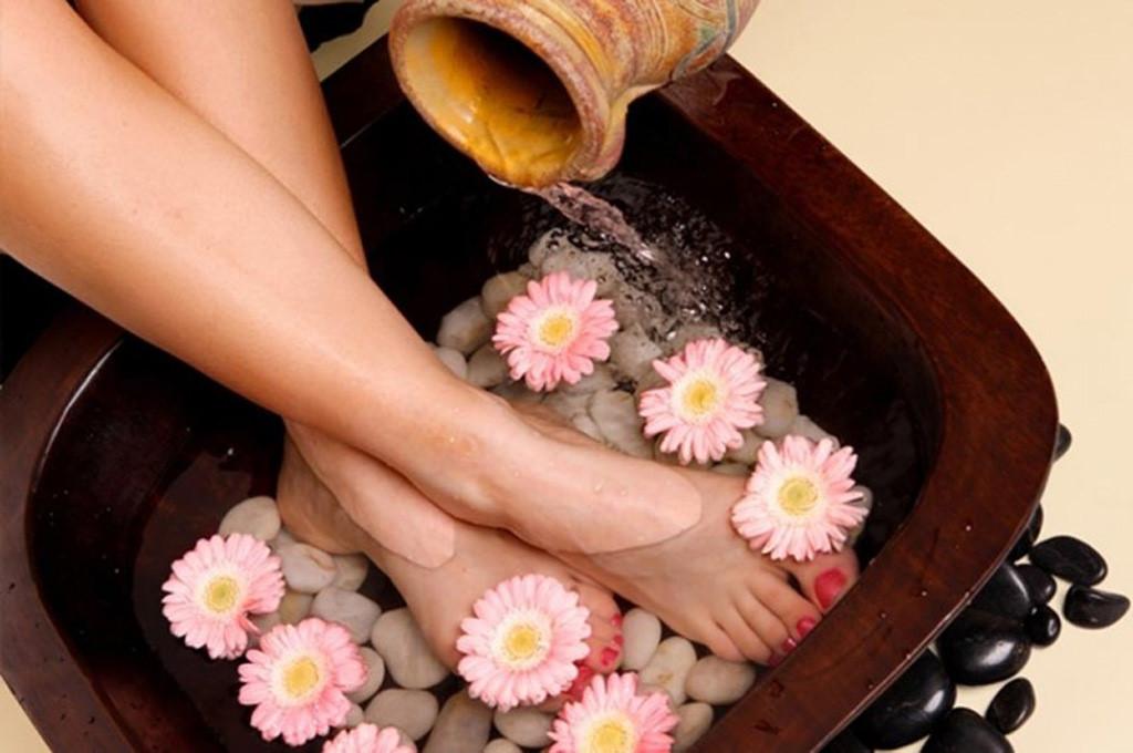 Máy massge chân chăm sóc sức khỏe